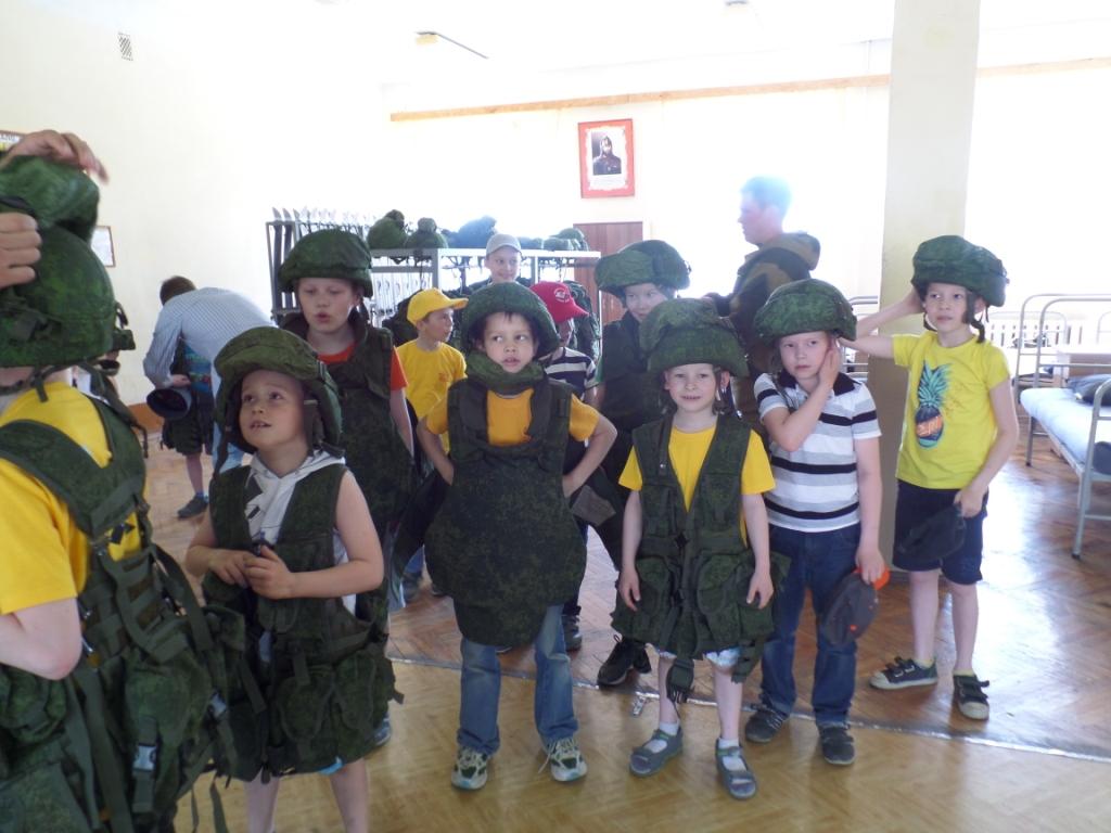 Экскурсия в военную часть 26 мая 2016 год